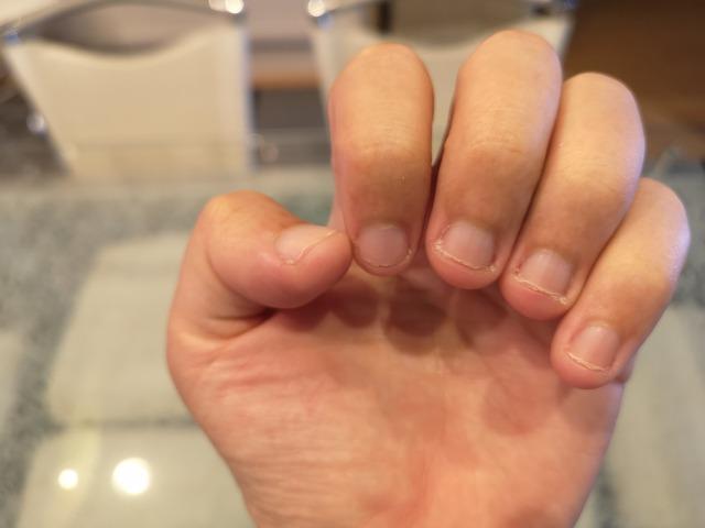 """深爪矯正ネイルサロンでなぜ?! 高級基礎化粧品""""デュコラ""""を取り扱うことに決めました。"""
